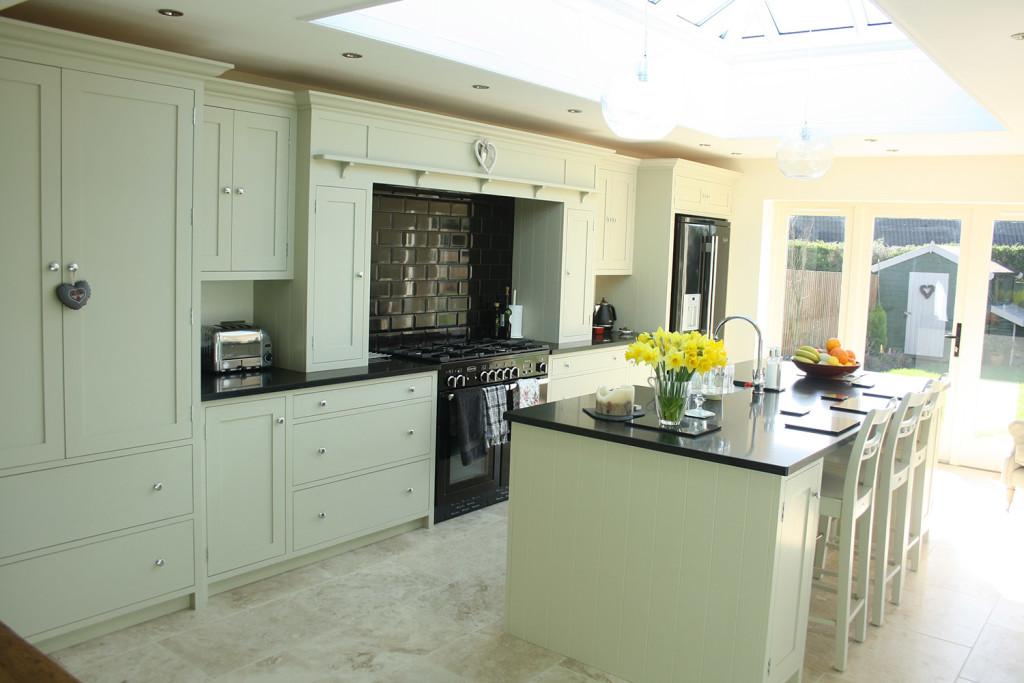 bespoke handmade shaker style painted kitchen
