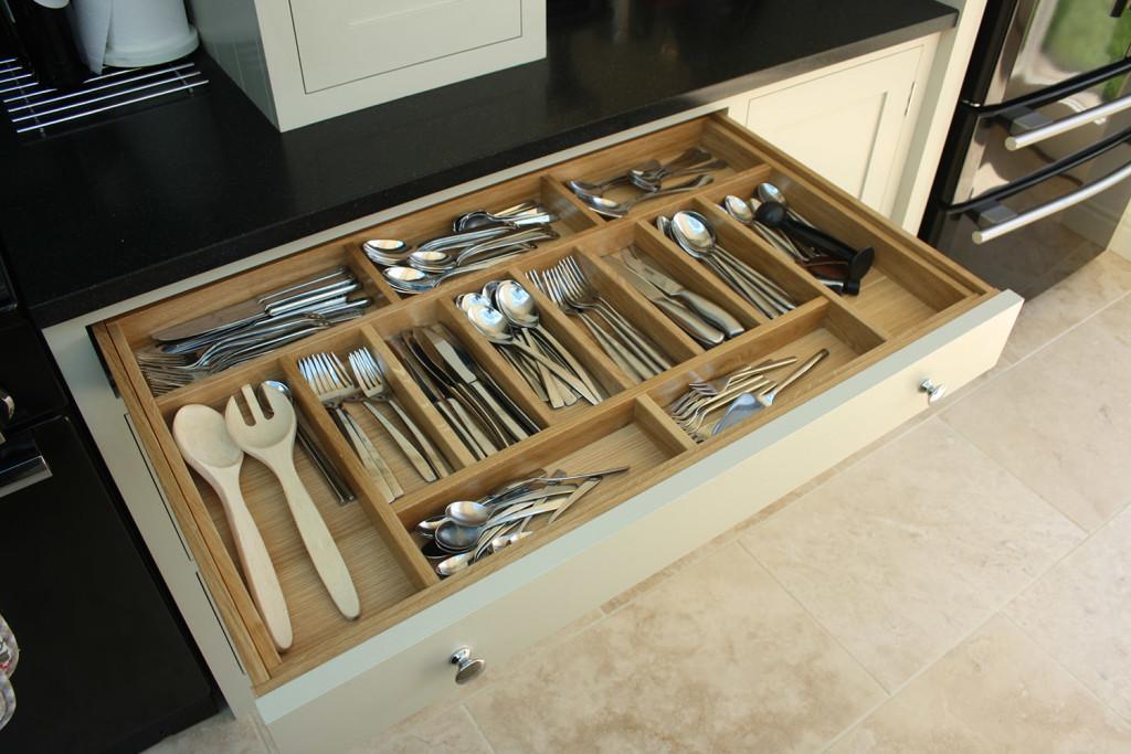 bespoke kitchen cultery drawer