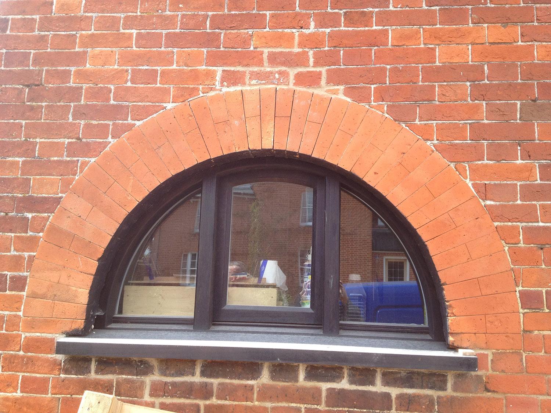Archtop window
