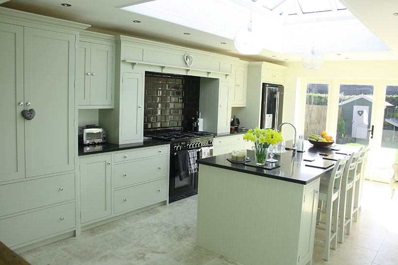 Bespoke handmade shaker style painted kitchen