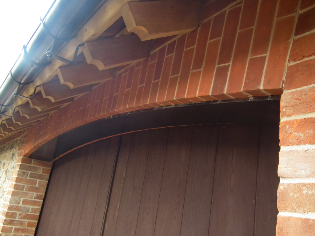 oak gate and roof detail