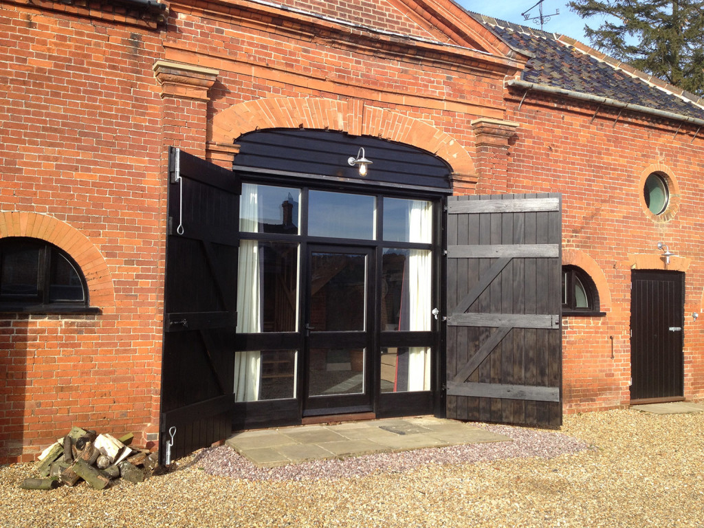 purpose made barn entrance doors