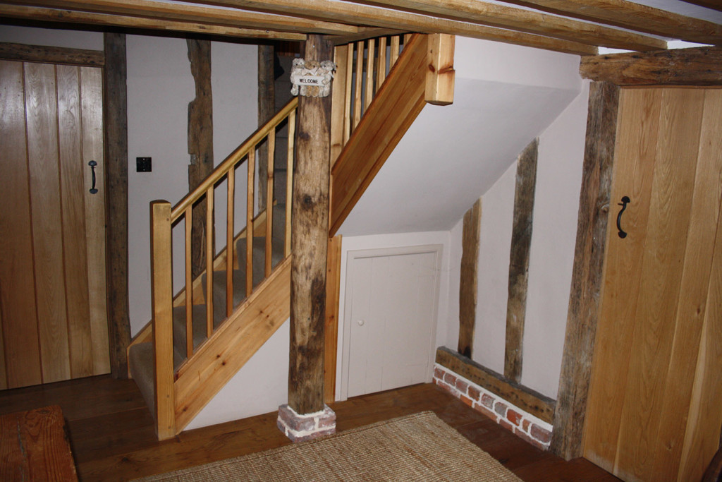 purpose made cottage pine staircase