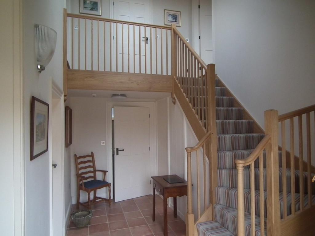purpose made oak staircase 2
