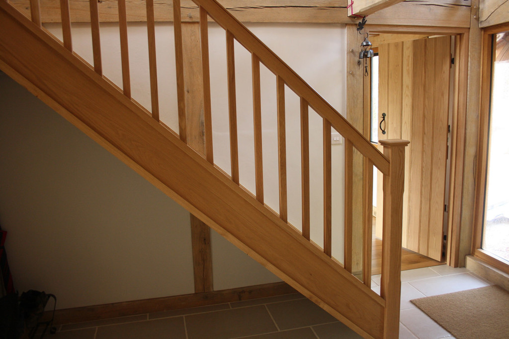 purpose made oak staircase (3)