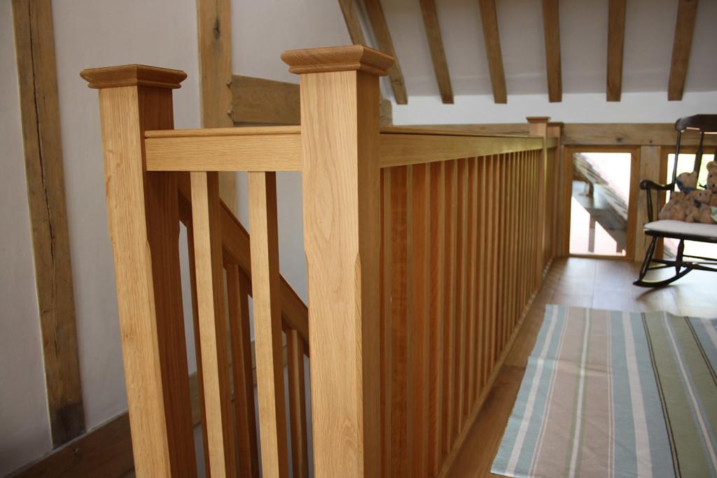 purpose made oak staircase (6)