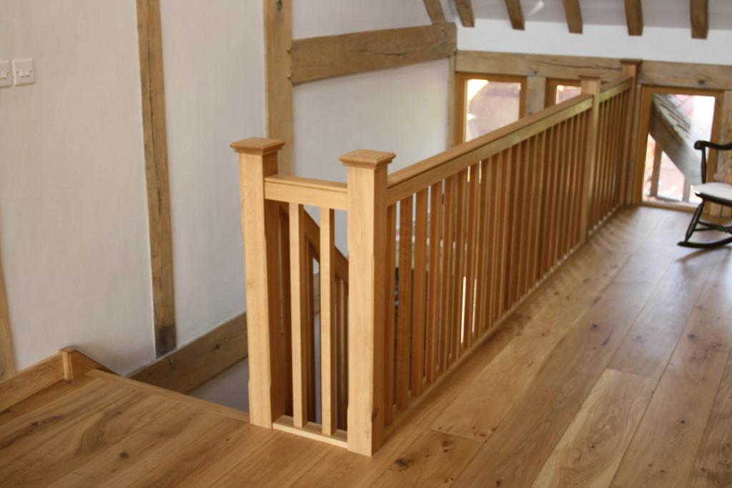 purpose made oak staircase (7)