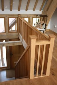 purpose made oak staircase (8)