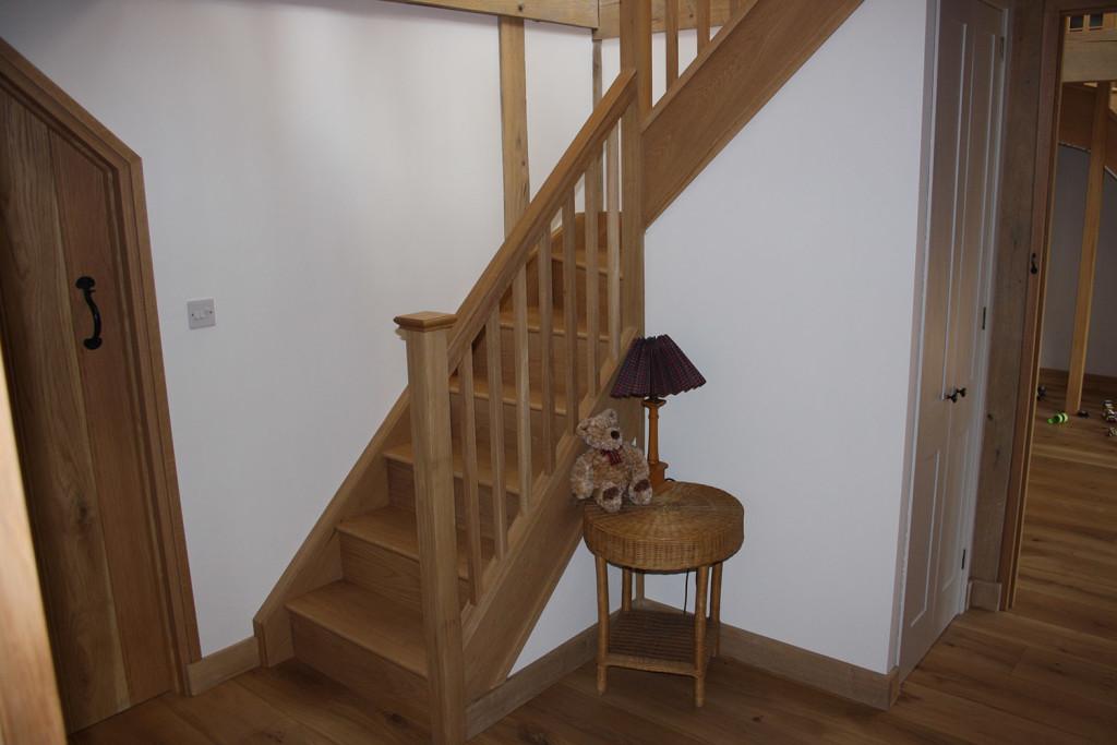 purpose made oak winder staircase (10)