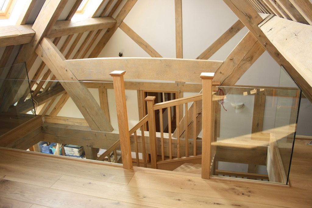 purpose made oak winder staircase (5)