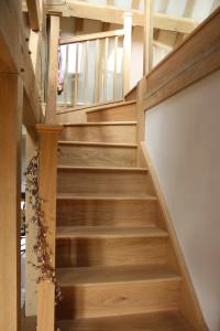 purpose made oak winder staircase (7)