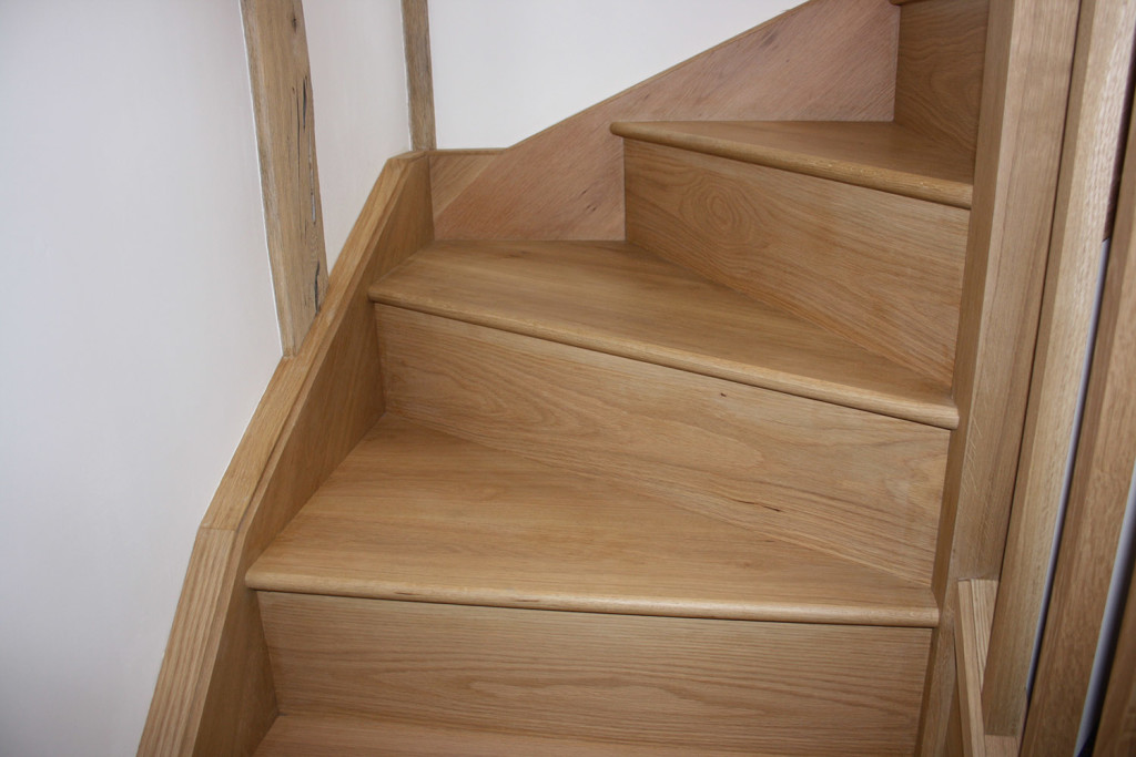 purpose made oak winder staircase (9)