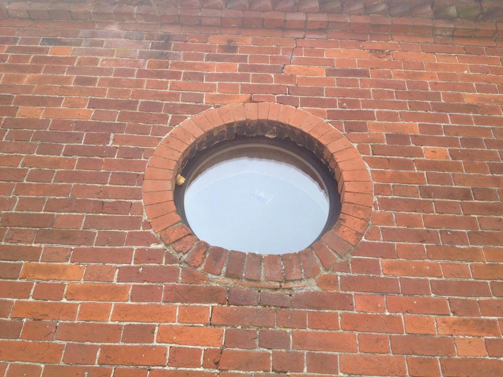 round window 1