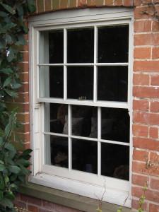 Vertical sash window