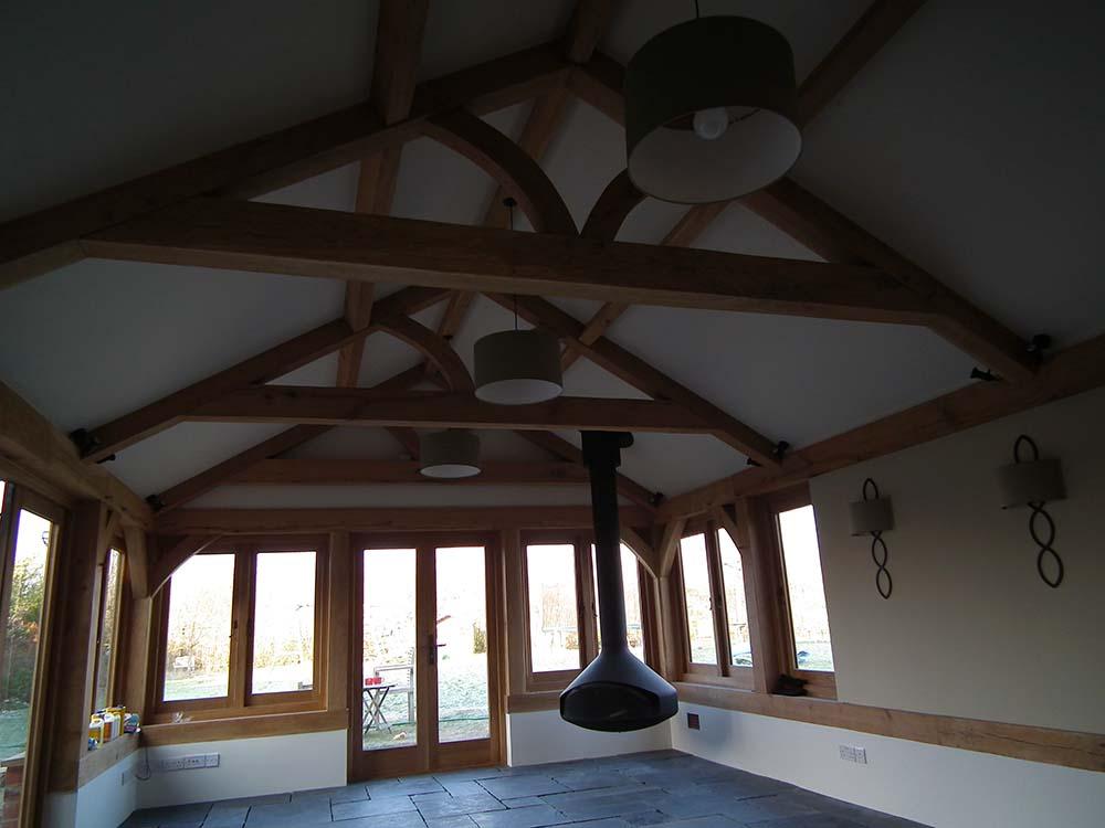 oak framed building oak king truss